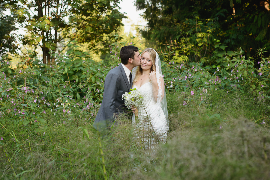 Barkley Brook Farm and Garden wedding photo