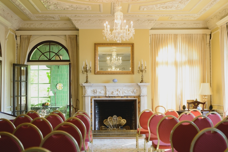 elegant drawing room at Hycroft Manor wedding in Vancouver, BC