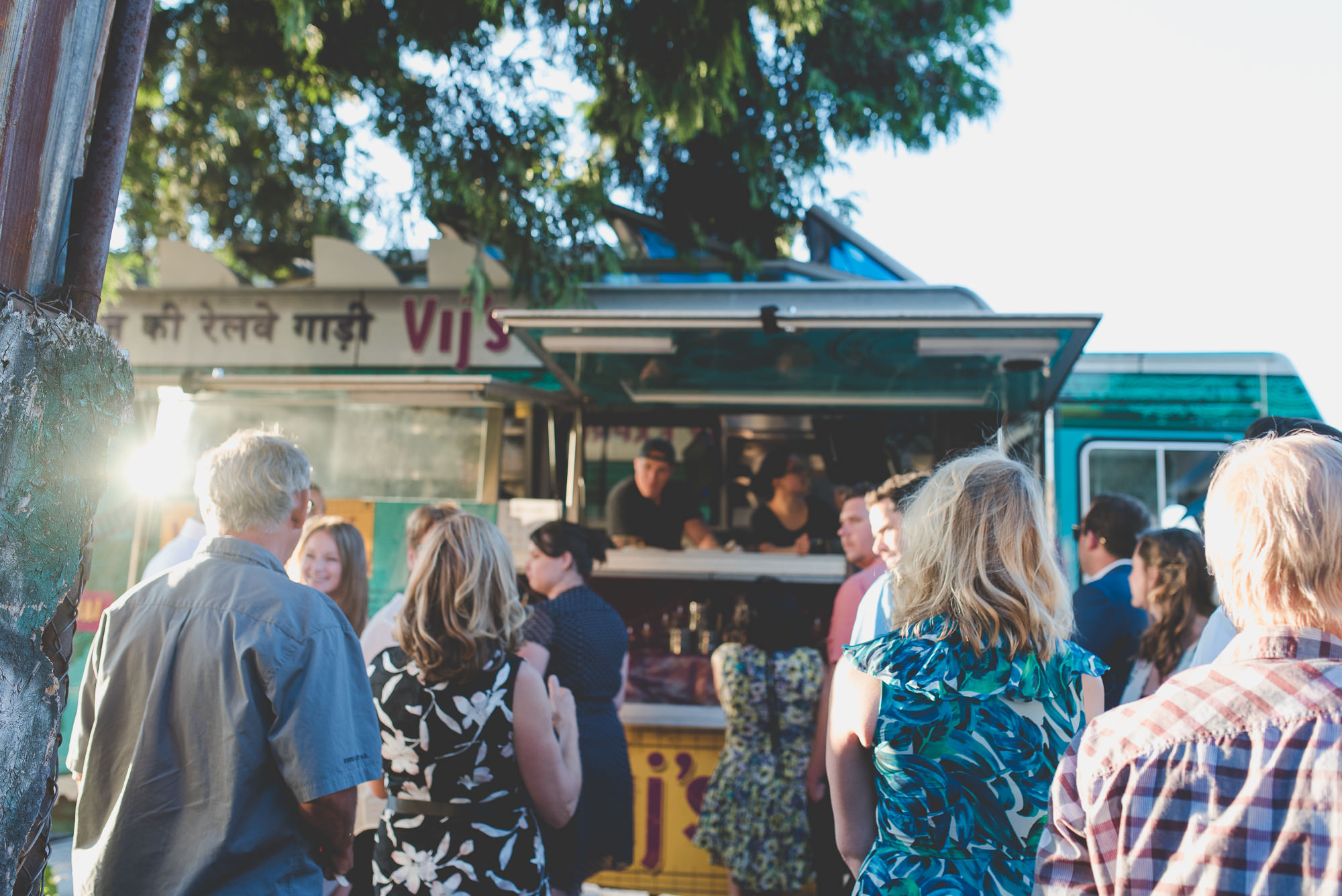5 Reasons to Have a Food Truck Cater Your Wedding